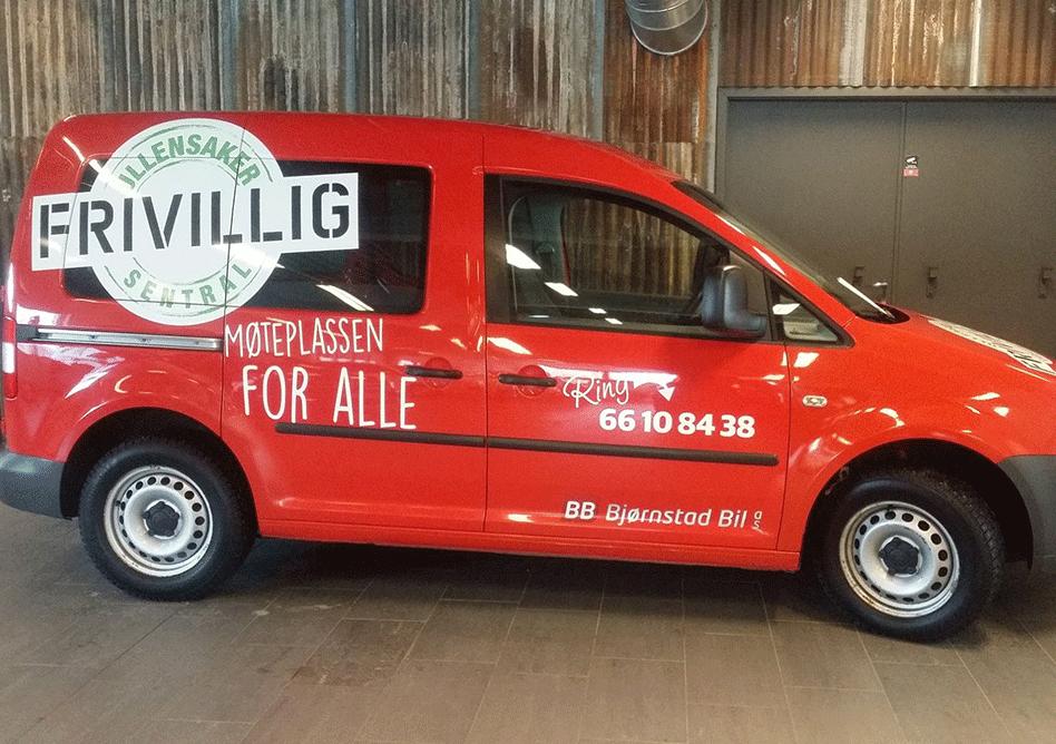 Dekor på liten varebil for Ullensaker Frivillig Sentral
