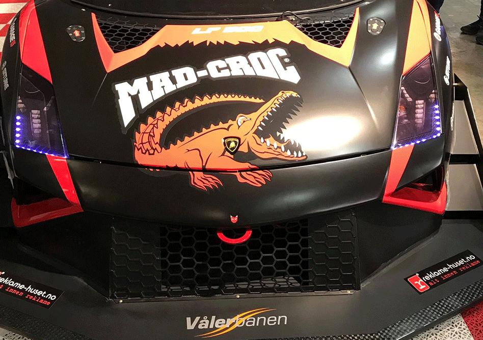 Dekor på racerbil for Mad-Croc